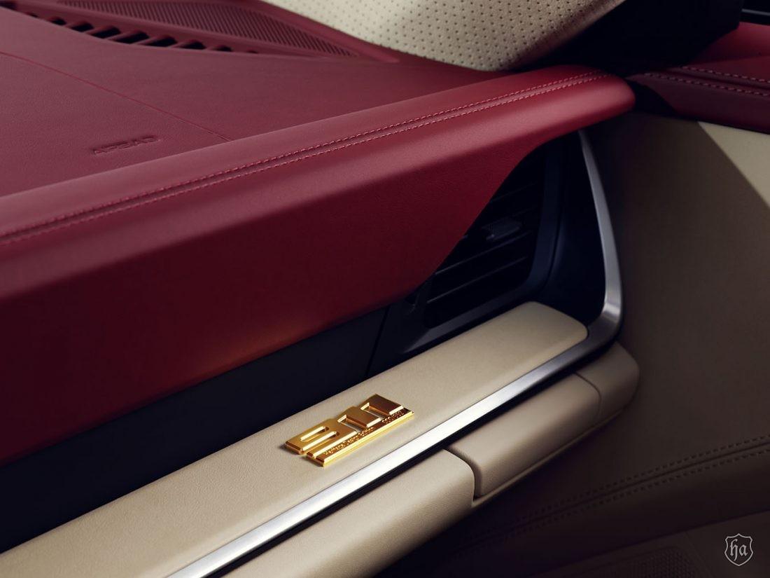 Porsche_911_Targa_4S_Heritage_Design_Edition_4